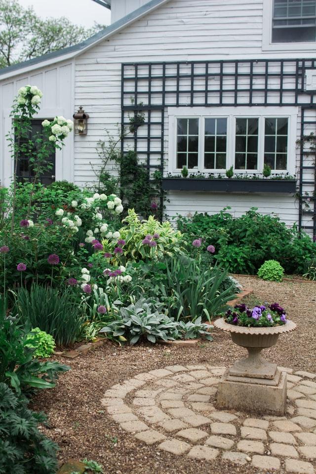 Home Garden Pathway