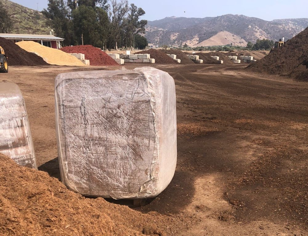 SPVS Baled Compressed Coco Coir and Expanded Material